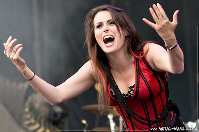 10 Beautiful Women - Metal Music