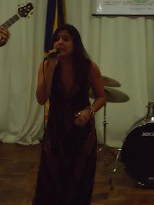 Camila  Jatobá  (voz)