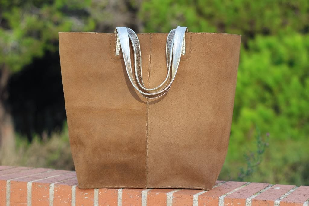 Shopping bag leather