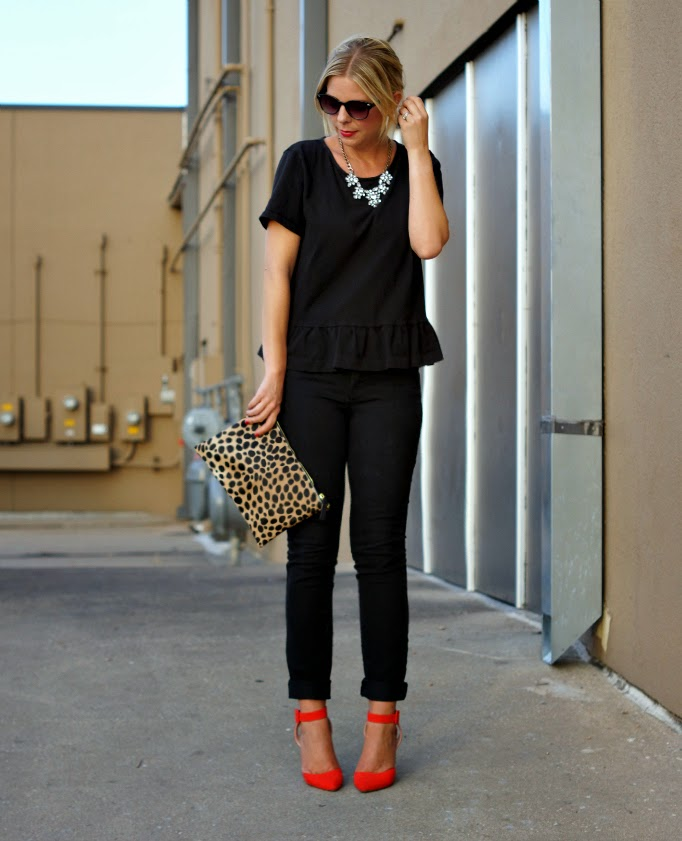 basic black fall transitional outfit idea