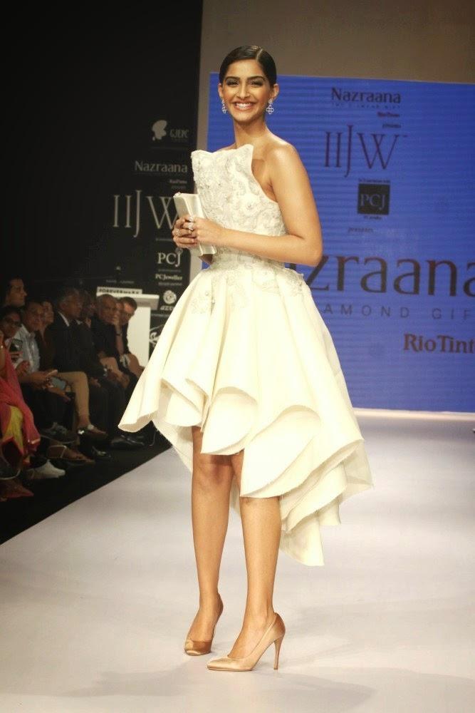 Sonam Kapoor at IIJW-2014