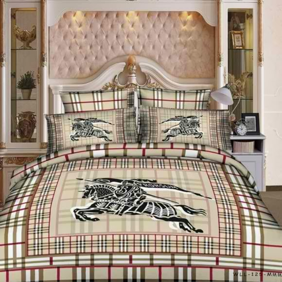 Versace Bed Sheets For Luxury Feel