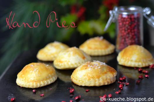 Apfel-Karamell Hand Pies mit Zimt und Kardamom