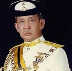 Uncle Seekers VS Sultan Johor Blog Uncle Seekers Hina Sultan Johor? Pendedahan Berani Uncle Seekers. Mohon Siasat Kebenaran!!