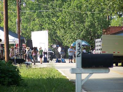 The Walking Dead [ Todo sobre la serie ] The_Walking_Dead_Season_3_Set_7_Mayo_2012_Carlost_002