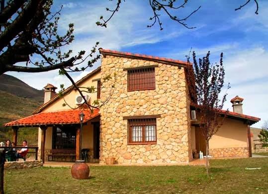 Fachadas de piedra modelos de fachadas de casas de piedra - Modelos de casas de piedra ...