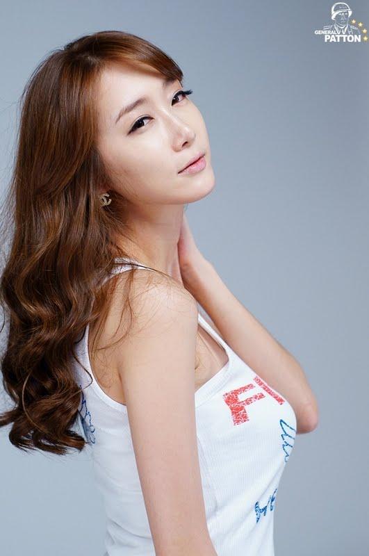 Korean Model Jeon Ye Hee