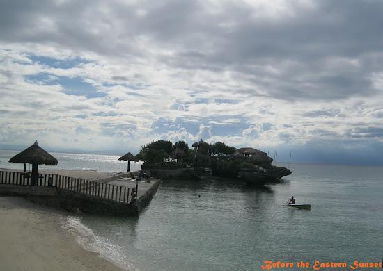 Camotes Island - Mangodlong Resort outcrop