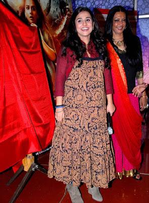 vidya balan at kahaani painting launch hot photoshoot