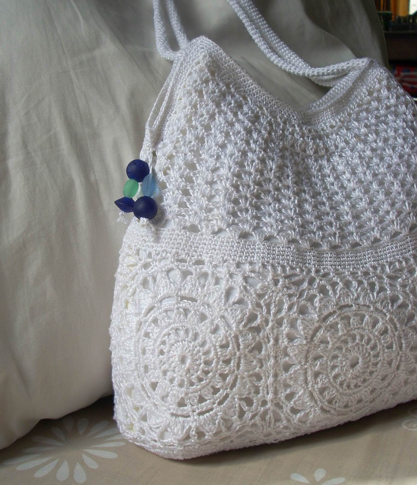 Free Crochet Bag : did not have large enough beads for the handles, so I only dangled ...