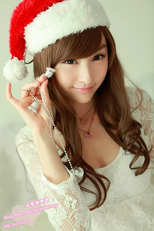 juliet lin sexy santa clause pics 01