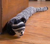 http://translate.googleusercontent.com/translate_c?depth=1&hl=es&rurl=translate.google.es&sl=en&tl=es&u=http://www.simplicity.com/t-free-crochet-project-knit-cat-draft-stopper.aspx&usg=ALkJrhhO1xJqm_VDbYIrsSnwHmOSiEEsuw