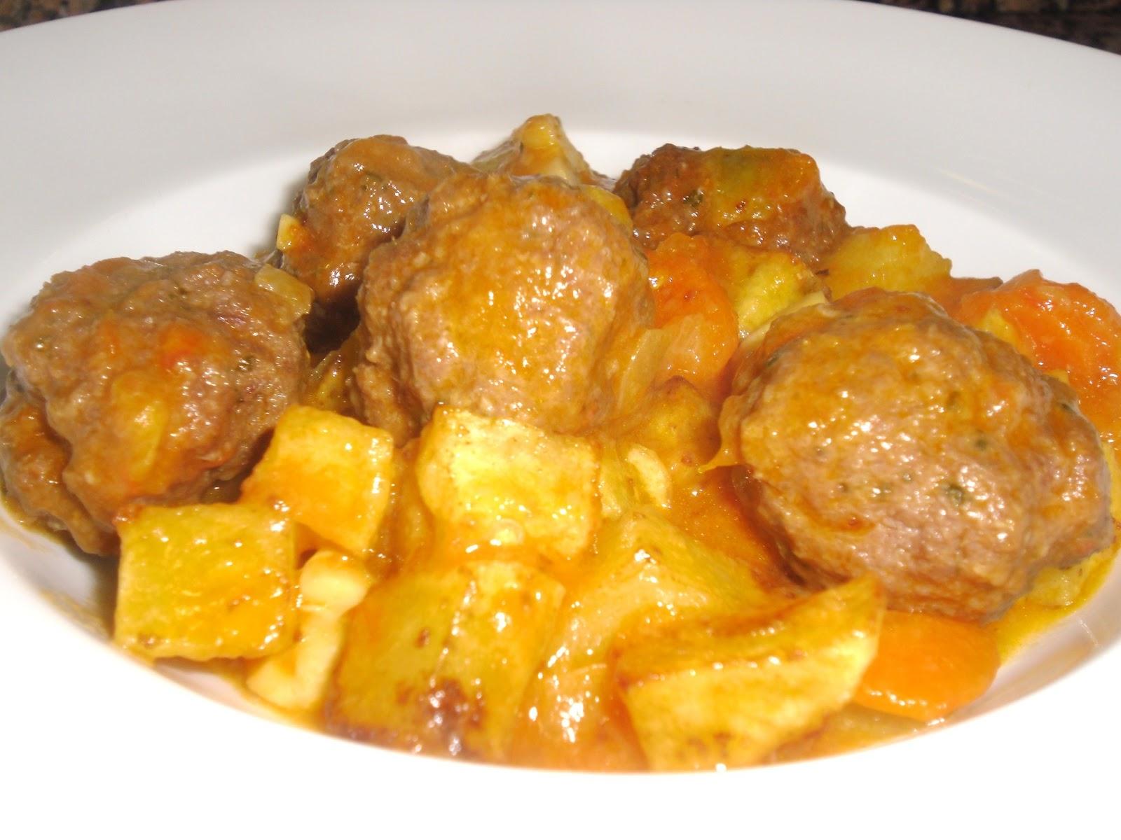 La cocina de temporada alb ndigas con salsa de verdura - Albondigas de verdura ...