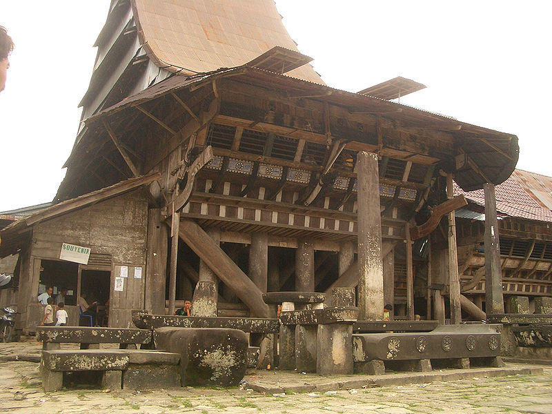 Traditional House Nias with Earthquake Resistant - The Fact Of ...