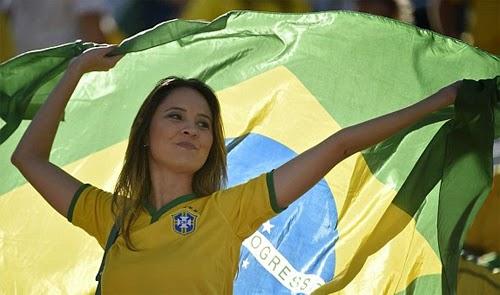 World Cup 2014 khai mặc ngắn gọn nhưng ấn tượng