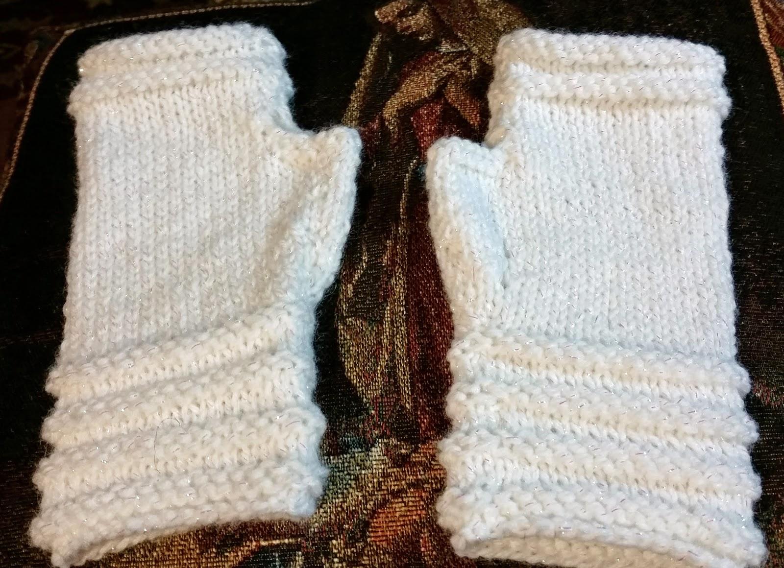 Knitting Pattern Leg Warmers Straight Needles : Spinning Memories - Knitting Love: Pattern for