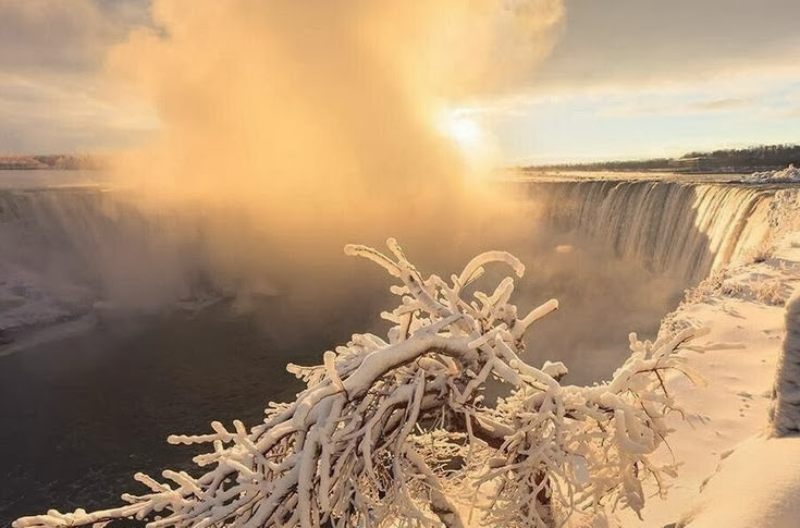 Niagara Falls in winter 2014