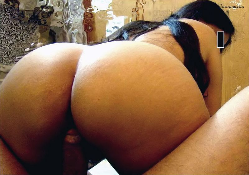 whore indian wife showing big round ass cheeks and hairy cunt during