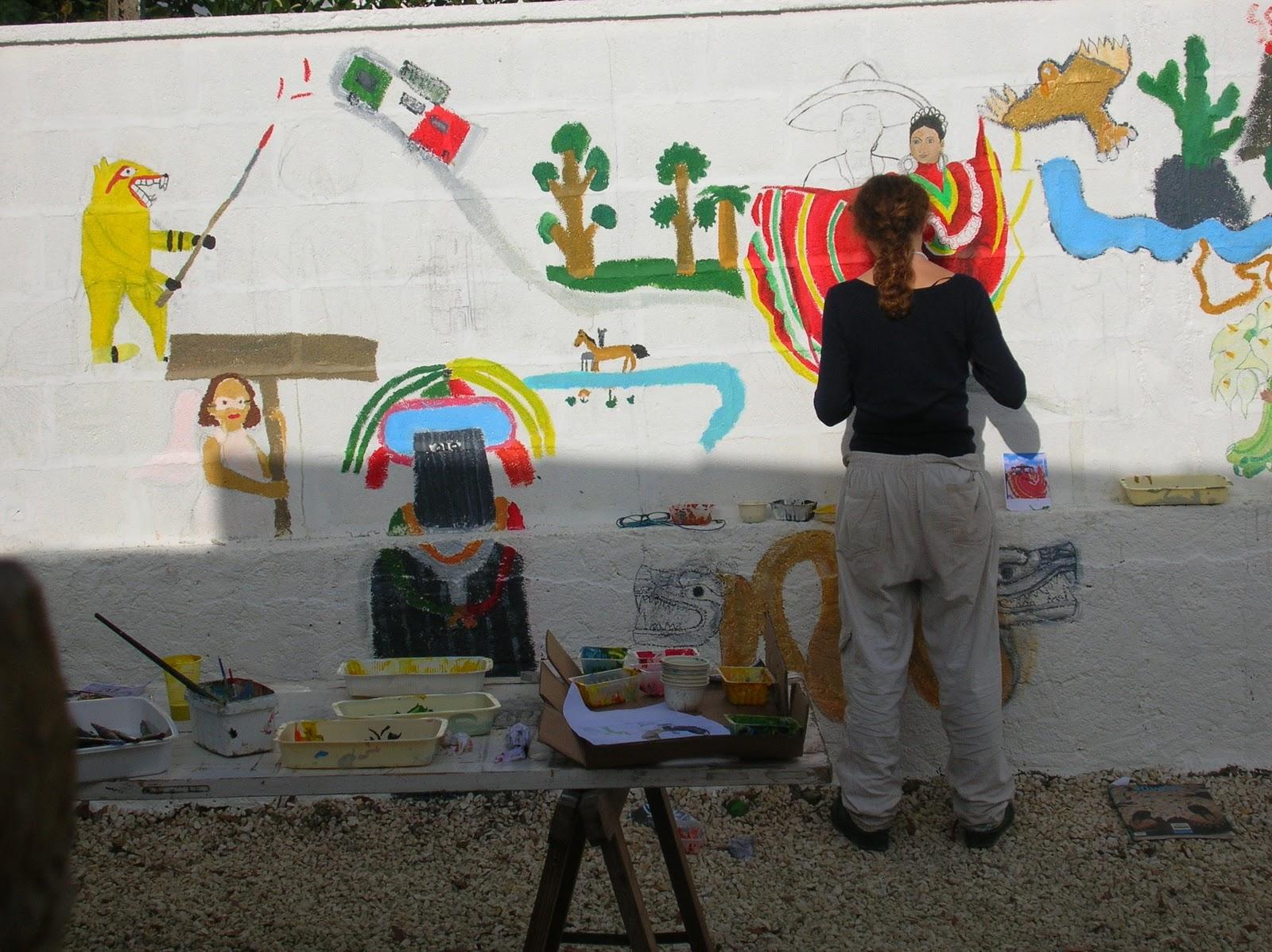 l 39 atelier dynamite atelier fresque mexicaine sur le mur du patio de la biblioth que de st. Black Bedroom Furniture Sets. Home Design Ideas