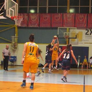 Πέρασε στον τελικό των νεανίδων ο Ίκαρος Καλλιθέας με νίκη 61-42 στο Βαρίκας (2-0)
