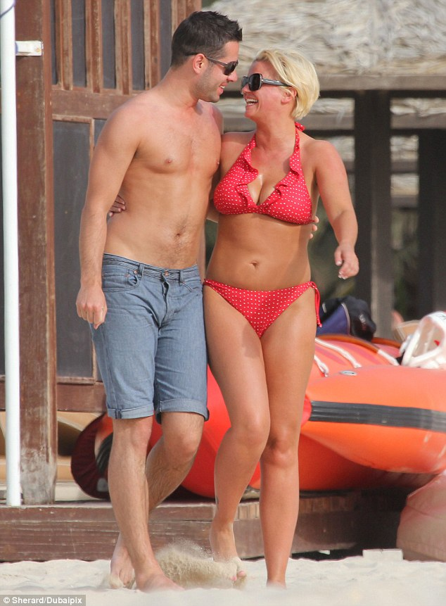 Can t take my eyes off you  Kerry Katona gazes up at her new man