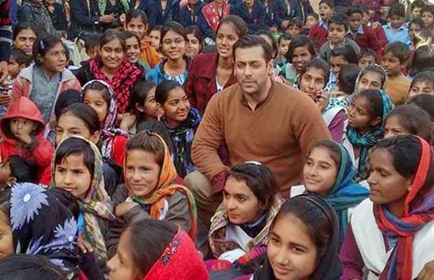 salman khan in school during Bajrangi Bhaijan