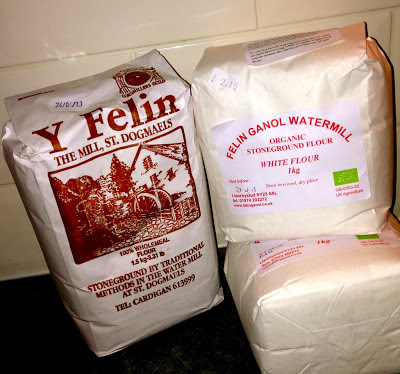 Stoneground flour from Felin Ganol and Y Felin