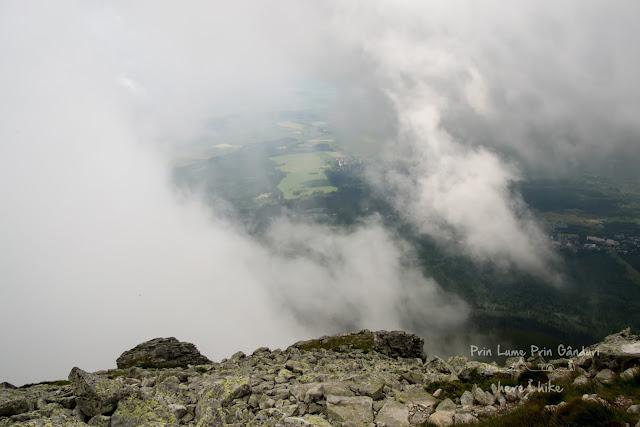 tatra-hikes-slavkovsky-peak-valley