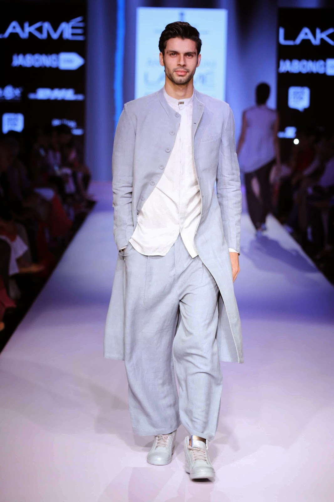 http://aquaintperspective.blogspot.in/, LIFW Day 2, Antar Agni