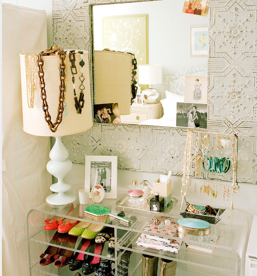 Iheart organizing iheart clutter busting tips tricks - Ideas for storing jewellery ...