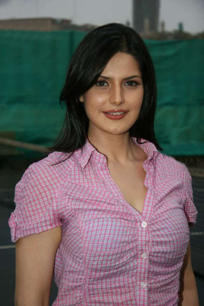 Zarine Khan Hot Pics Bollywood Actress Zone