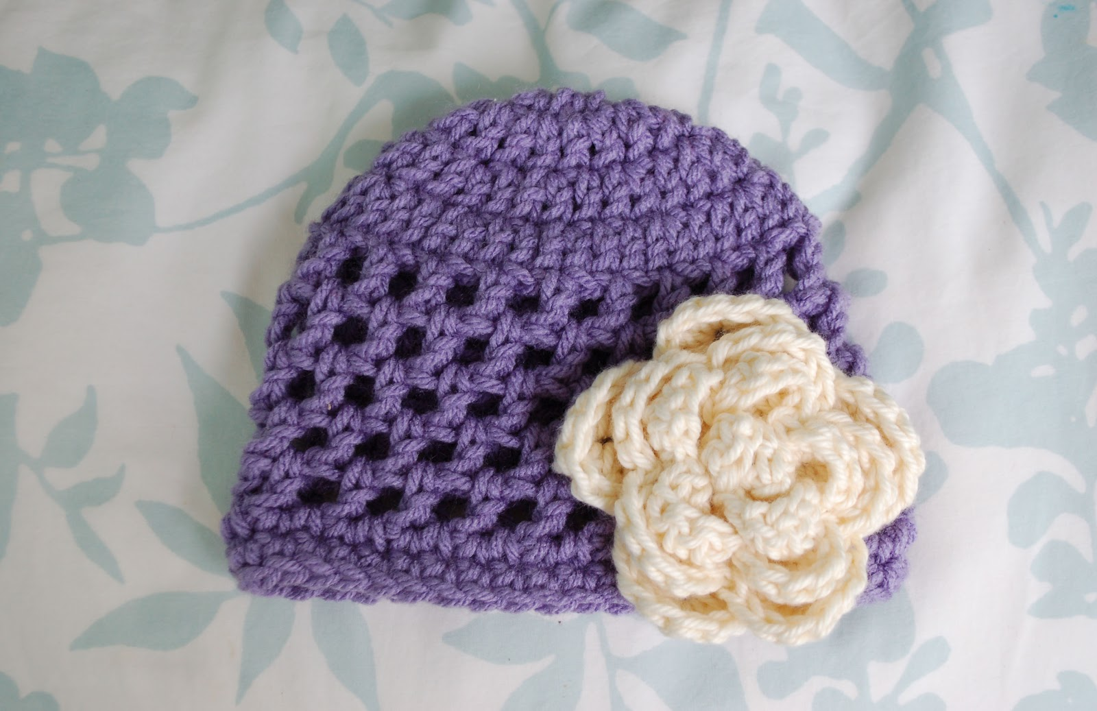 Crochet baby flower hat pattern free dancox for alli crafts free pattern open stitch hat newborn crochet baby flower bankloansurffo Image collections