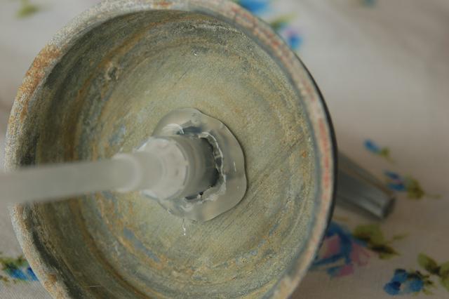 Faça um frasco de sabonete líquido com um pote de geléias