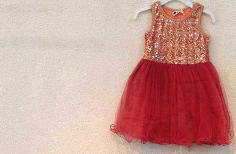 Baju cantik model tutu dress untuk anak perempuan warna merah marun