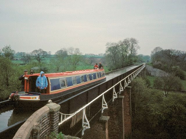 Edstone Aqueduct, Inggris
