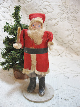 Early Clay Face Santa