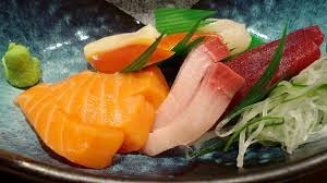 http://www.nytimes.com/2014/11/25/science/what-determines-the-color-of-fish-flesh.html?_r=1