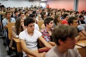 غلاء الدراسة في فرنسا