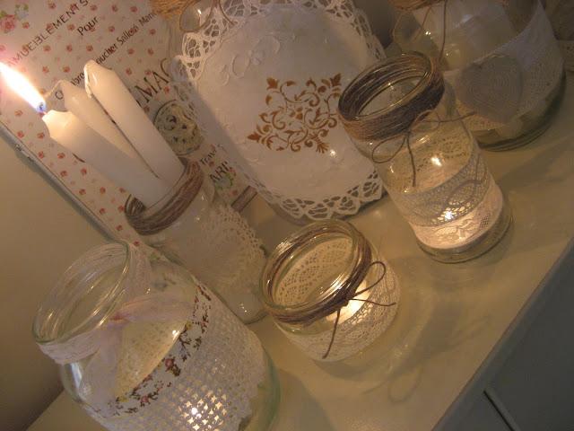 espero que os haya gustado este trabajoes bien sencillo animaros a reciclar botes para adornar la casalas velas dan siempre un toque mgico - Botes De Cristal Decorados