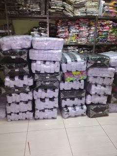 Grosir kaos kaki sekolah Bandung