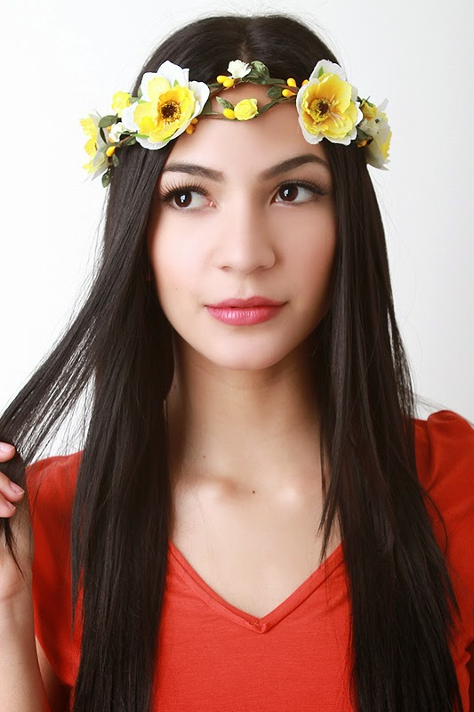 http://www.urbanog.com/Festival-Princess-Flower-Crown_102_53927.html