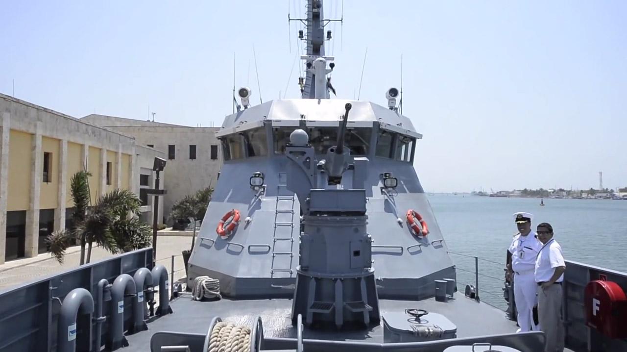 Vista de proa de la ARC Punta Espada, una patrullera de costa CPV-46 fabricada por COTECMAR.