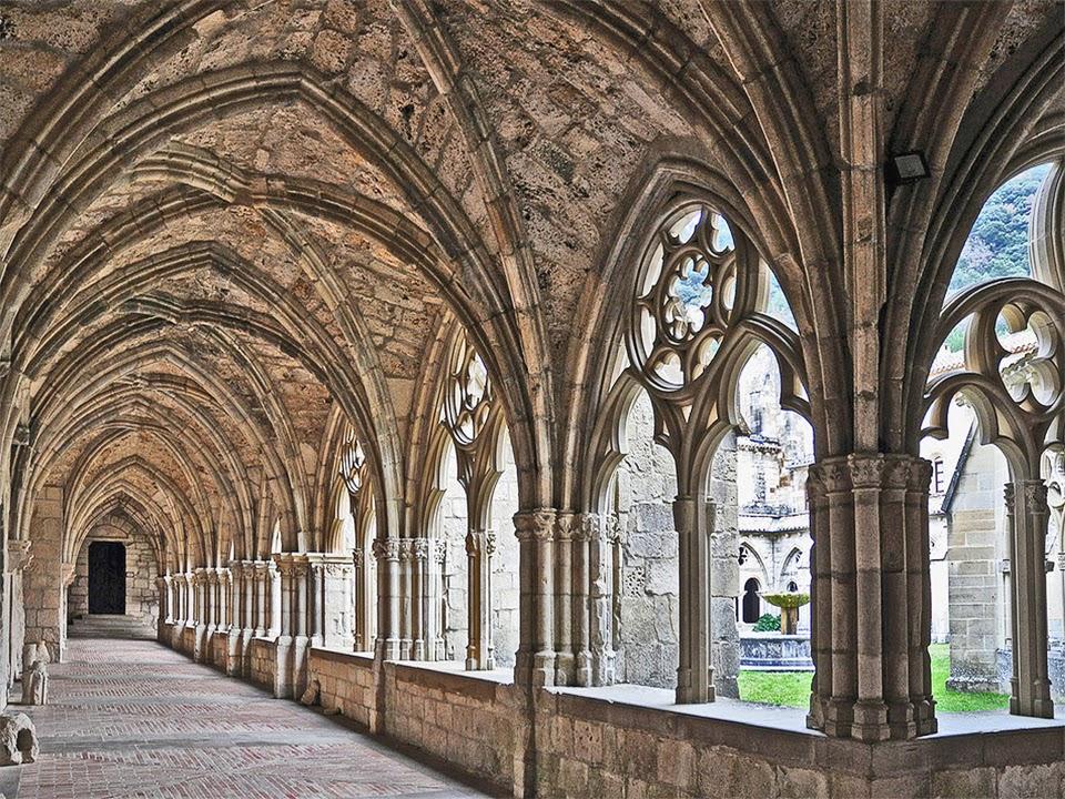 """El """"Monasterio de Iranzu"""" es una  de las Joyas arquitectónicas, Entornos y  lugares turísticos de la """"Comarca Turística de Urbasa Estella"""", en Navarra Naturalmente"""