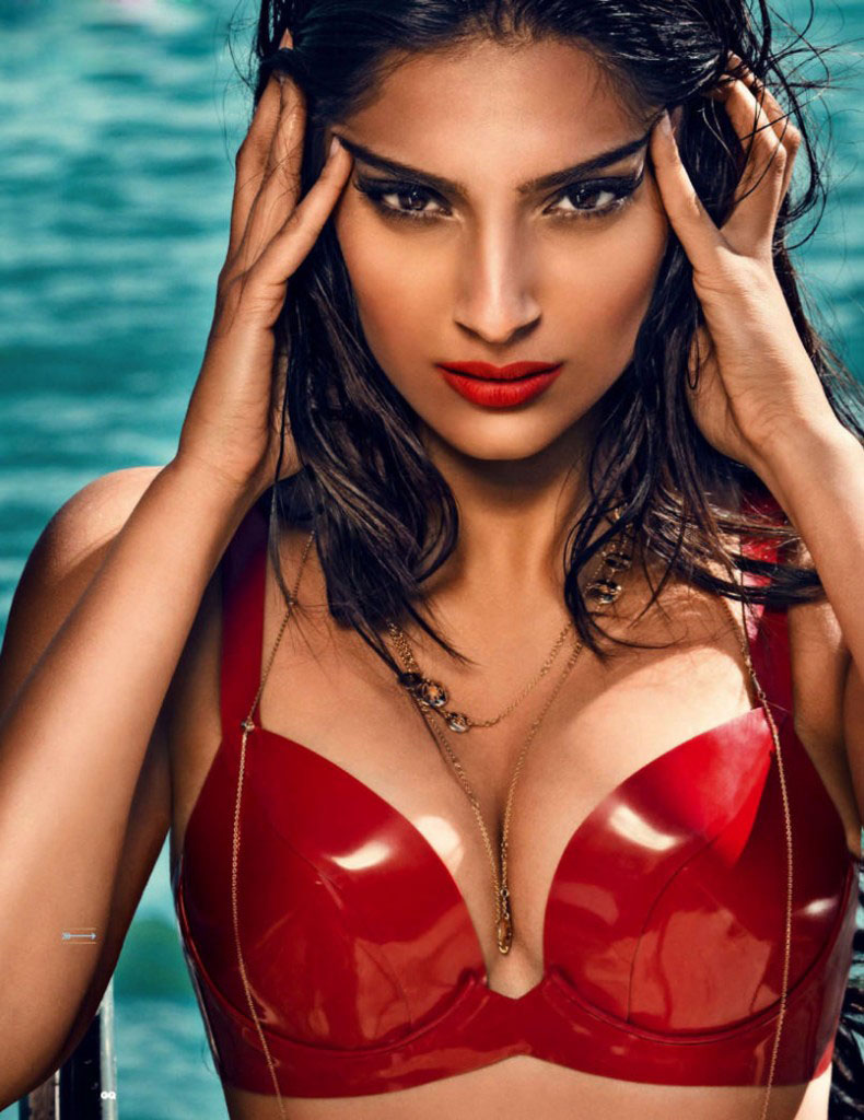 Magical Tips: Sonam Kapoor Hot Pictures in HD