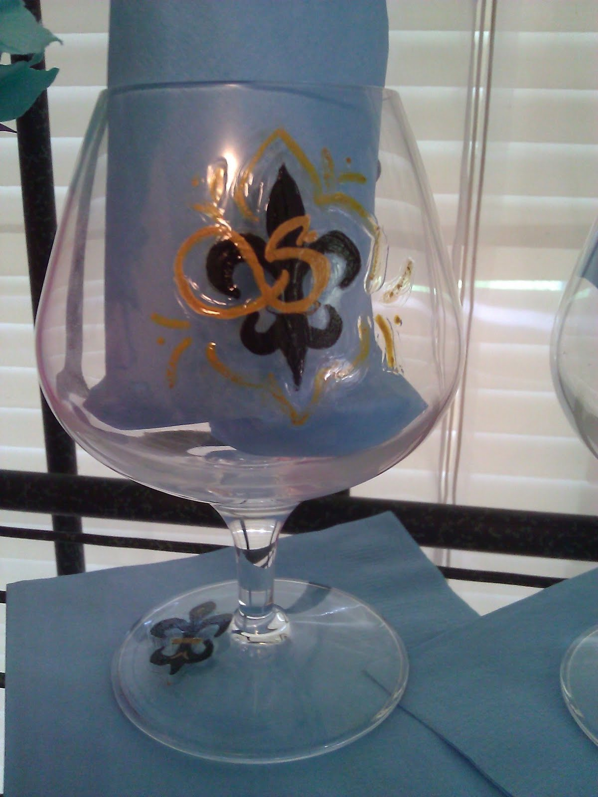 Solutions event design by kelly fleur de lis hand for Hand painted drinking glasses