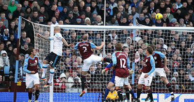 Aston Villa 0 - 2 Liverpool (3)