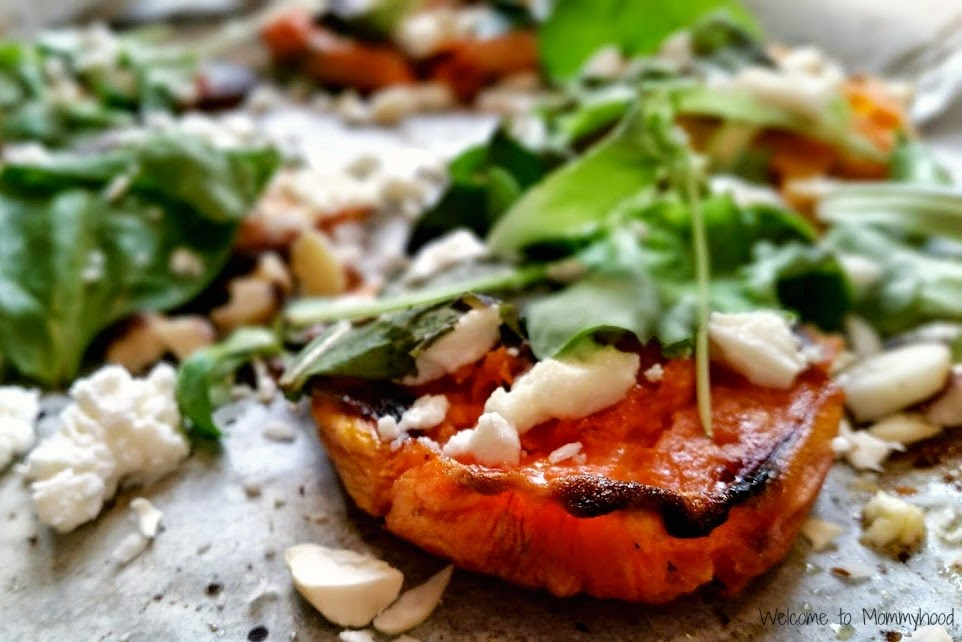 Easy, healthy recipes: smashed sweet potatoes with goat cheese {Welcome to Mommyhood} #easyhealthyrecipes, #smashedsweetpotatoes, #healthyrecipes