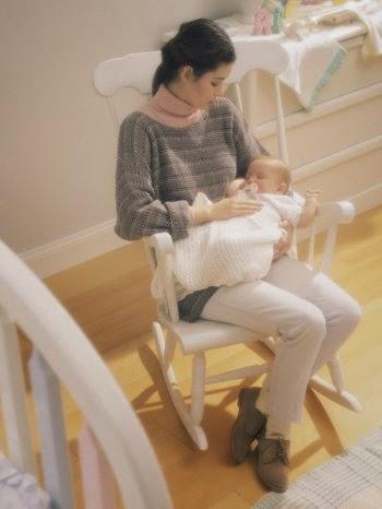 feng shui décor crèche ,chambre de bébé berceau,  jouets