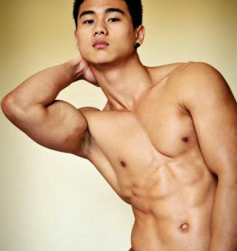hendri-rachman-hot-body