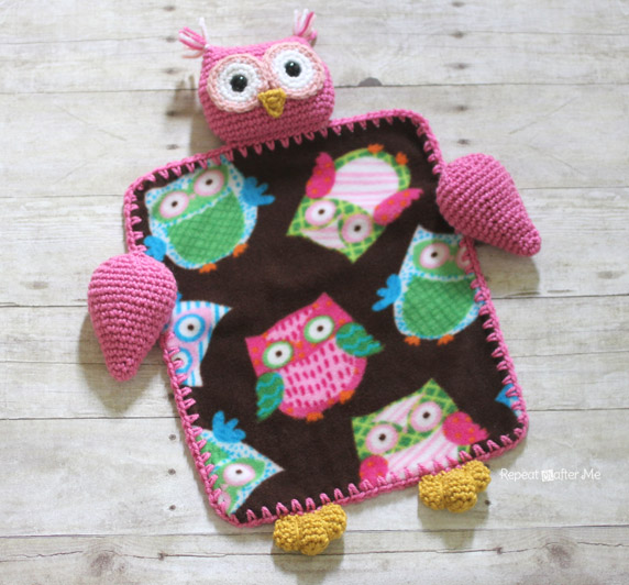 Free Crochet Pattern For Lovey Blankets : Crochet Owl Lovey Blanket - Repeat Crafter Me